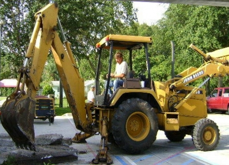 backhoe/loader